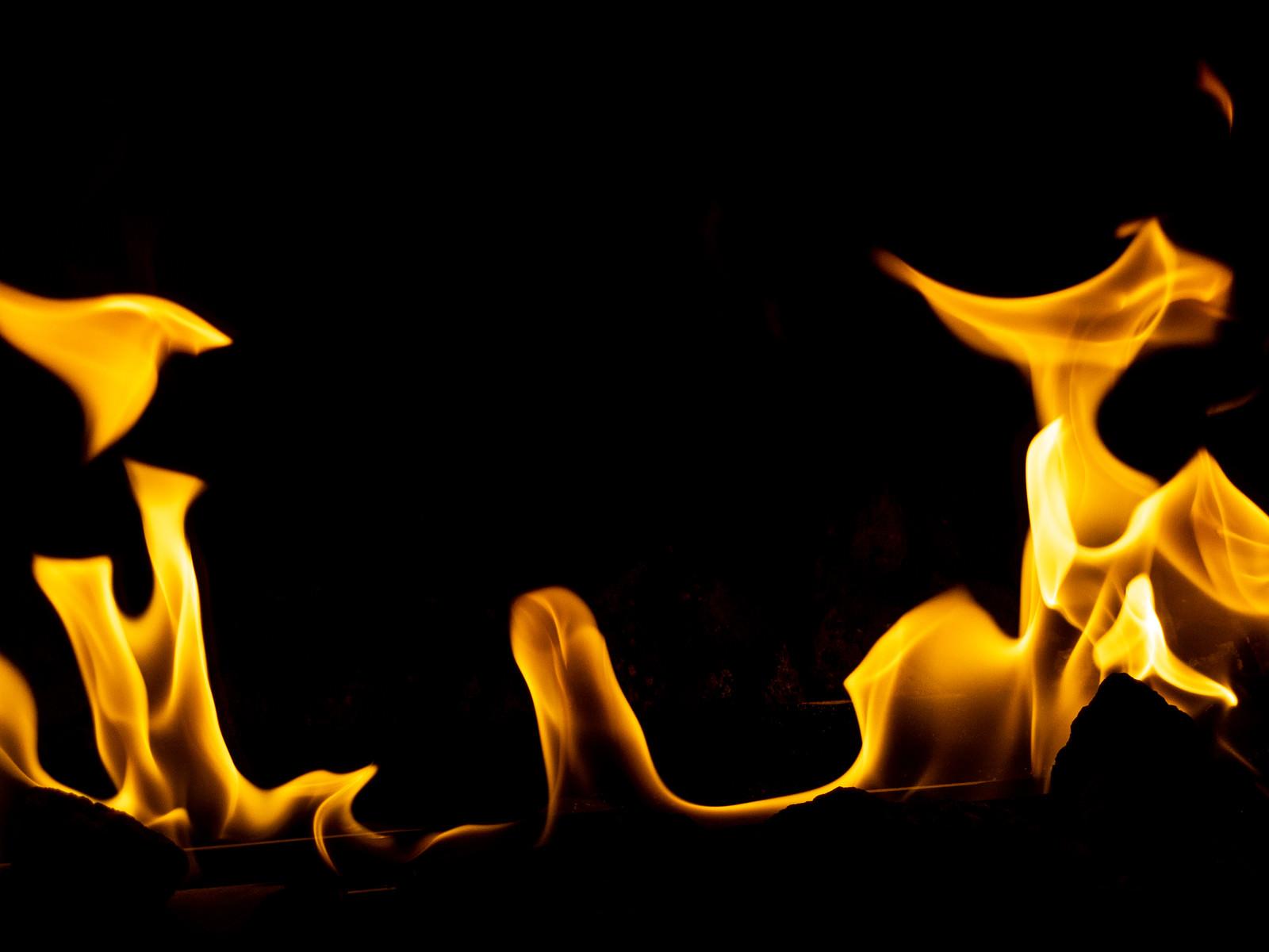 「暖炉の火」の写真