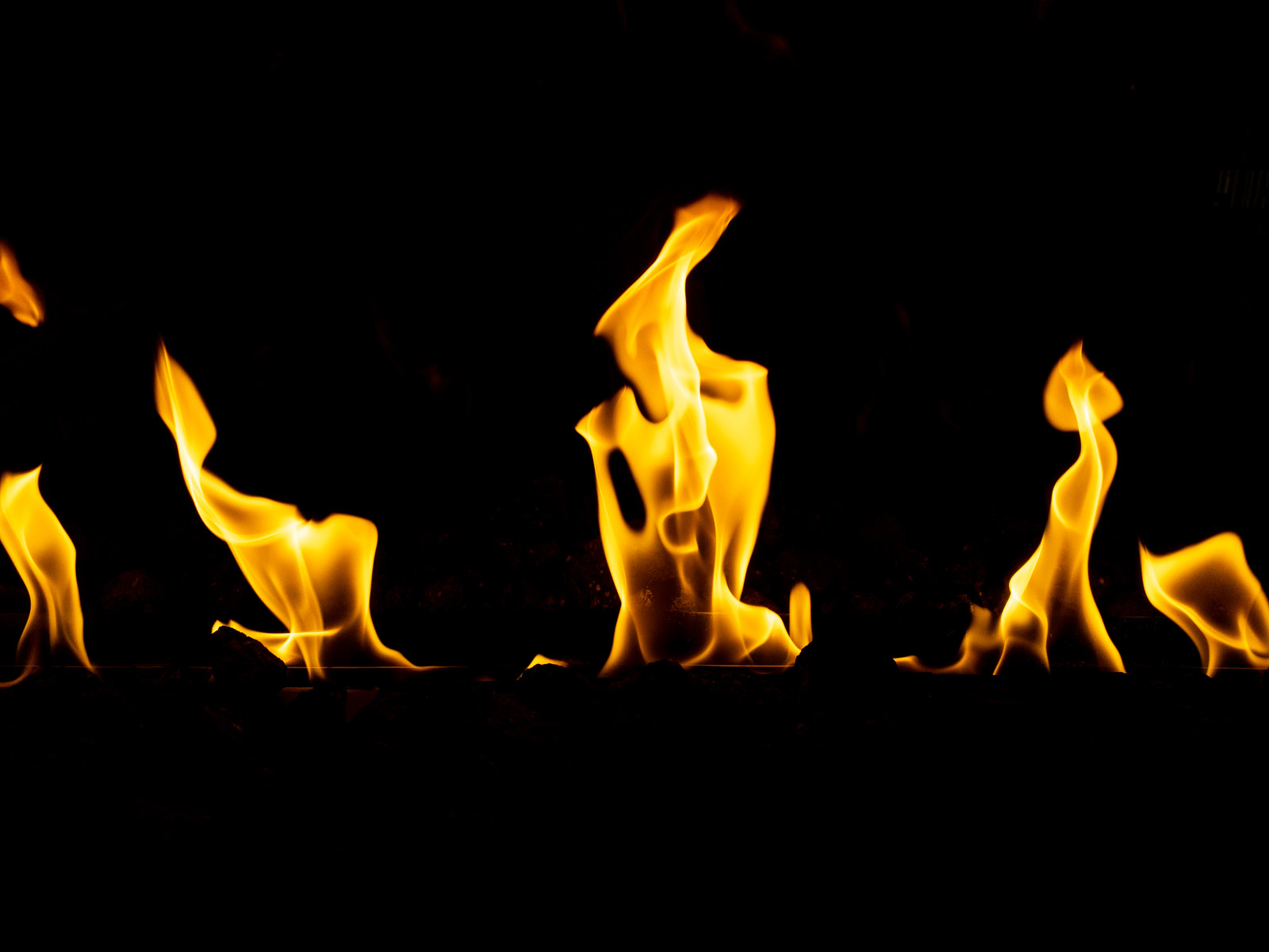 「炎メラメラ」の写真
