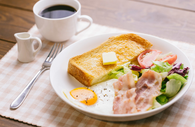 朝食をしっかり食べて仕事をしましょうの写真