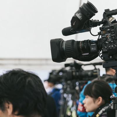 「報道陣の様子」の写真素材