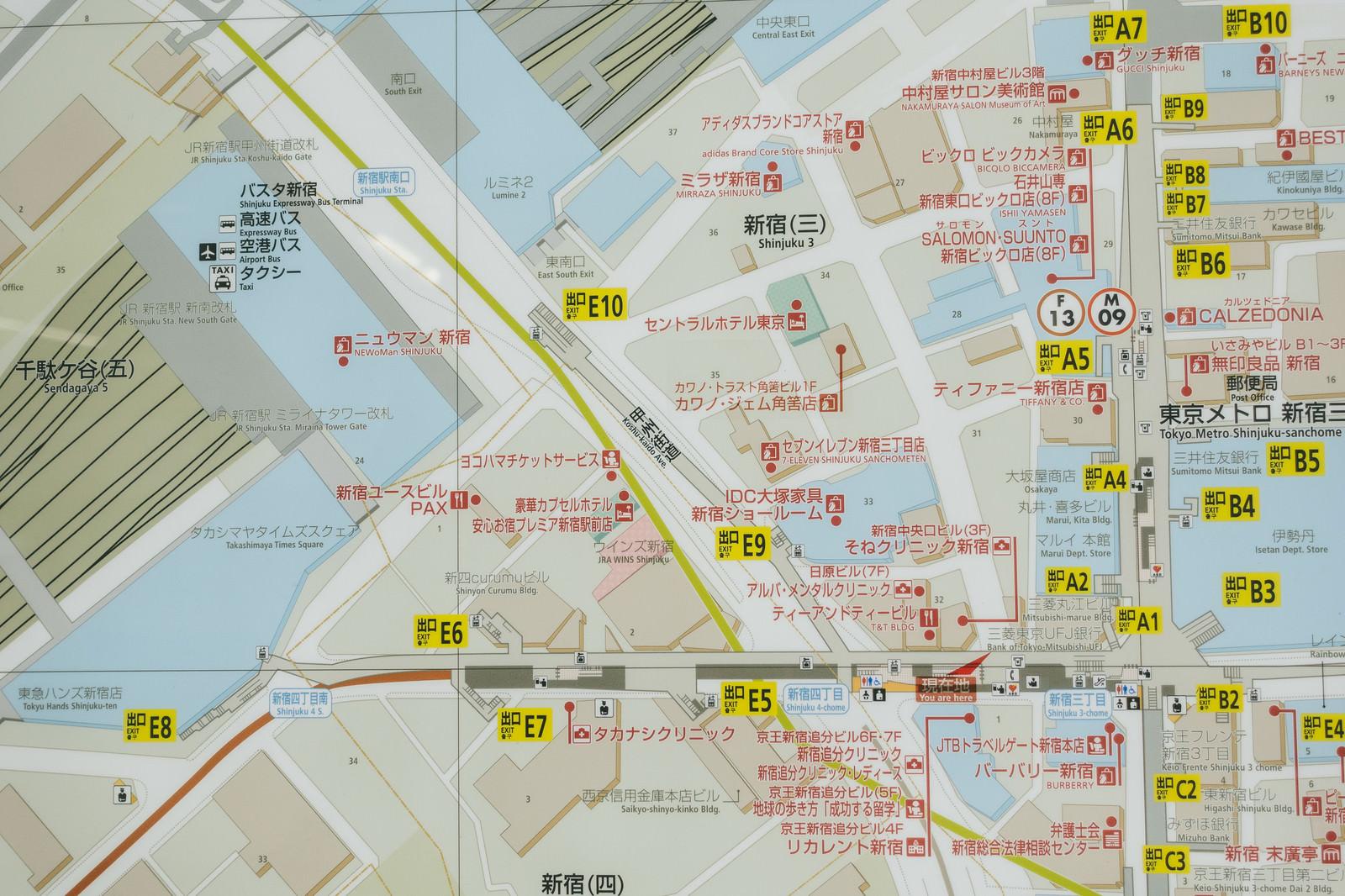 「新宿三丁目駅周辺のMAP新宿三丁目駅周辺のMAP」のフリー写真素材を拡大