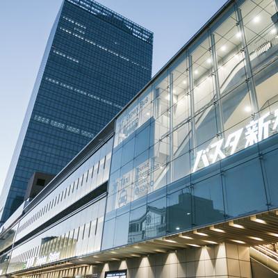「バスタ新宿駅」の写真素材