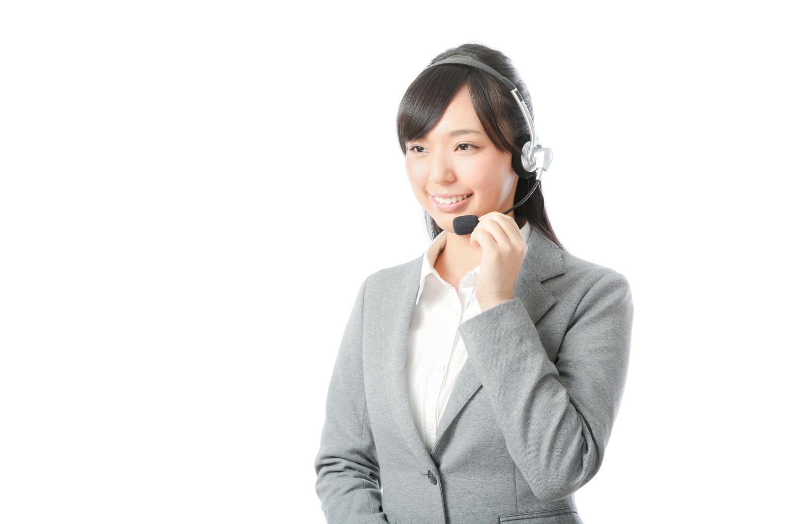 「やり手の女性コールセンターリーダー」の写真[モデル:さとうゆい]