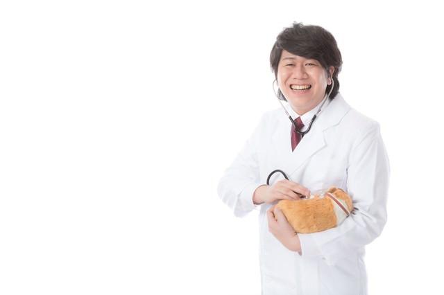 飼い主から慕われる獣医師の写真