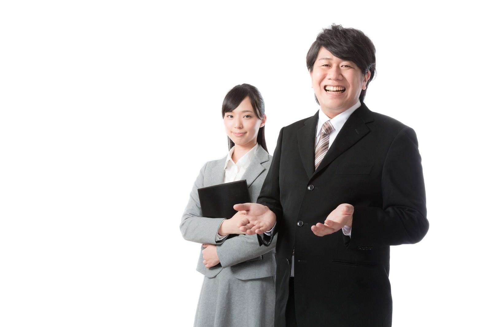 「人材ビジネスを支えるキャリアアドバイザー」の写真[モデル:朽木誠一郎 さとうゆい]