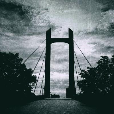「陸橋(モノクロ)」の写真素材