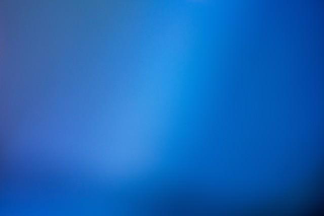 青白い光(背景)の写真