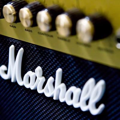 「マーシャルのギターアンプ」の写真素材