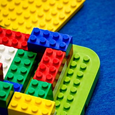 「ブロックのおもちゃ」の写真素材