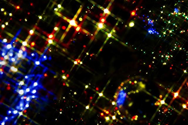 「キラキラ輝くイルミネーション」のフリー写真素材