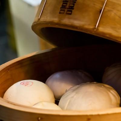 「せいろに入った中華まん」の写真素材