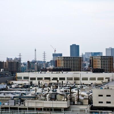 「川崎の工場とビル」の写真素材