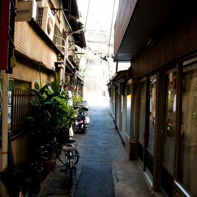 下町の路地裏の写真
