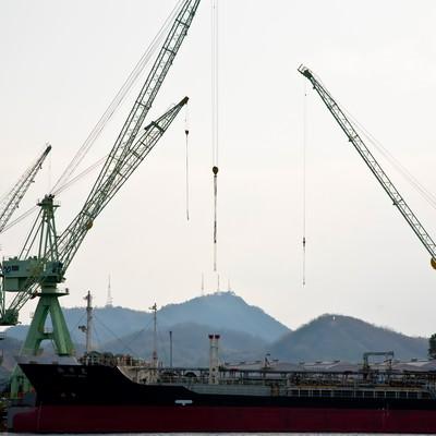 「尾道の造船所」の写真素材