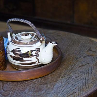 「ちゃぶ台と急須」の写真素材