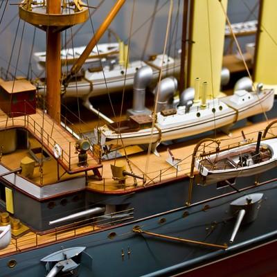 精巧な船の模型の写真