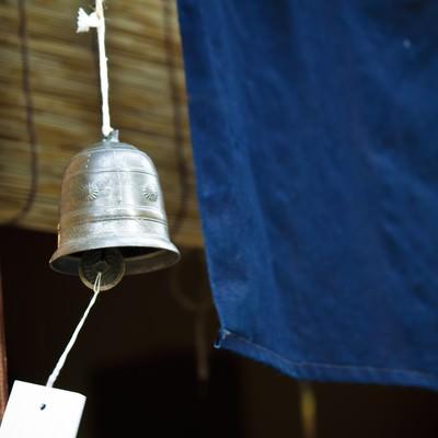 鐘型の風鈴の写真