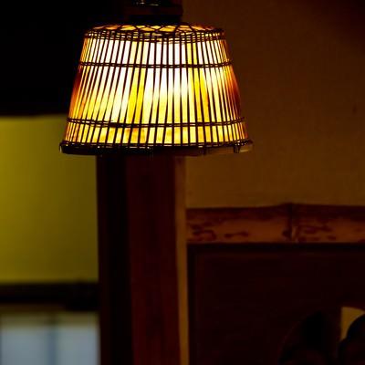 「木製の電灯」の写真素材