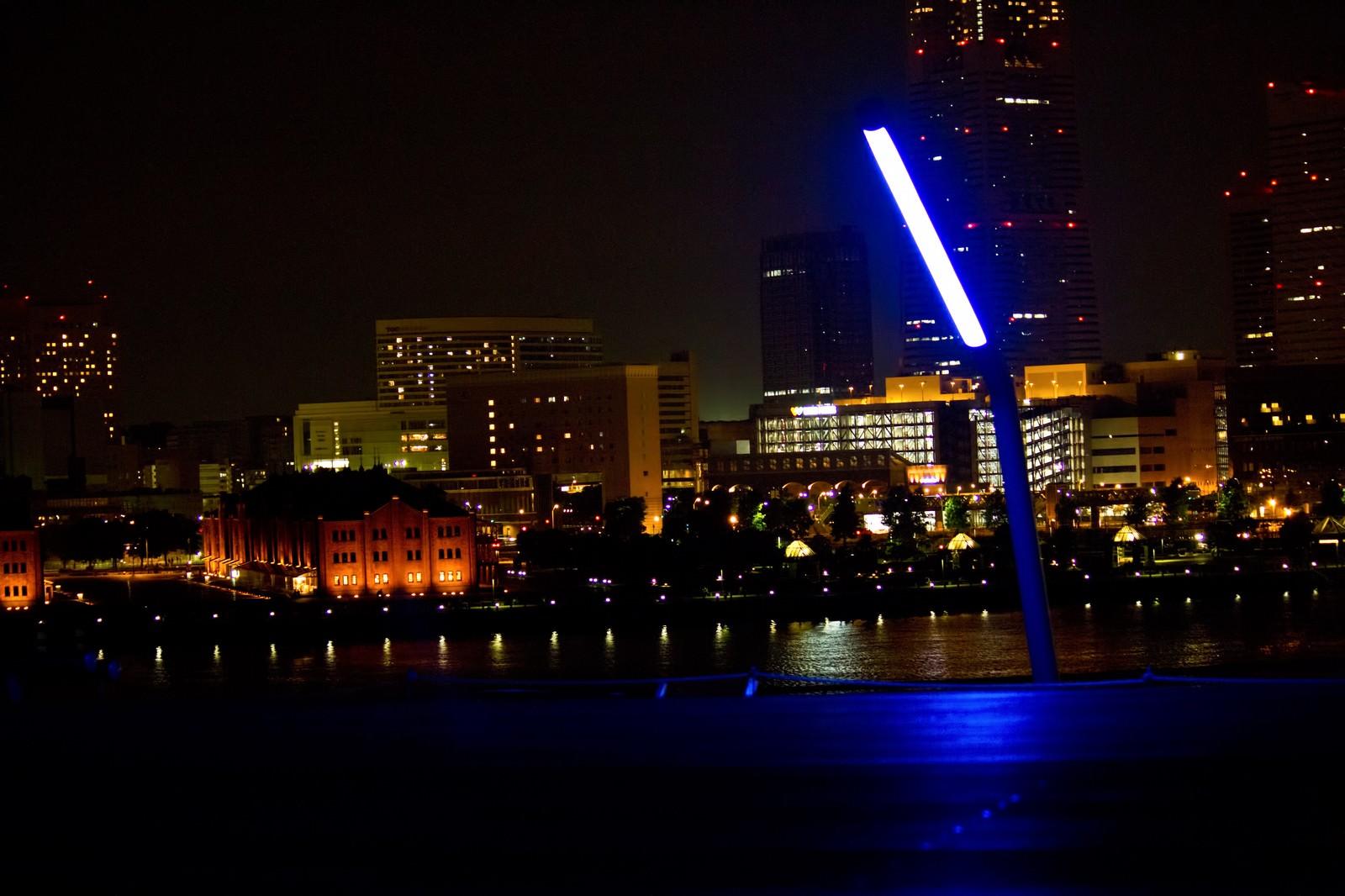 「大桟橋からの赤レンガ(夜景)」の写真