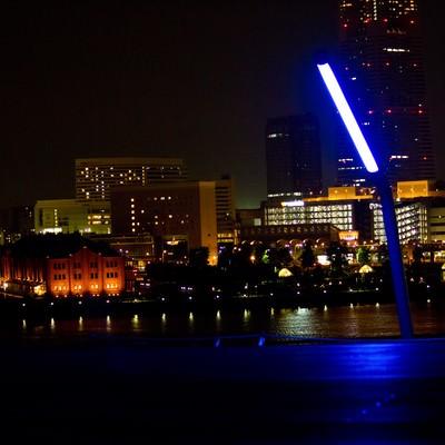 「大桟橋からの赤レンガ(夜景)」の写真素材