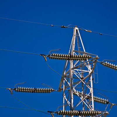「送電線と空」の写真素材