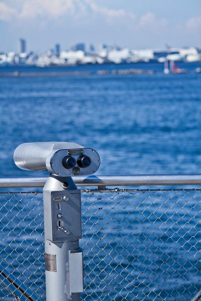 「海と双眼鏡」の写真