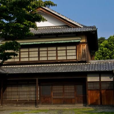 「古いお屋敷」の写真素材
