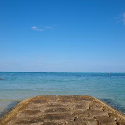 「沖繩県恩納村の海」の写真素材