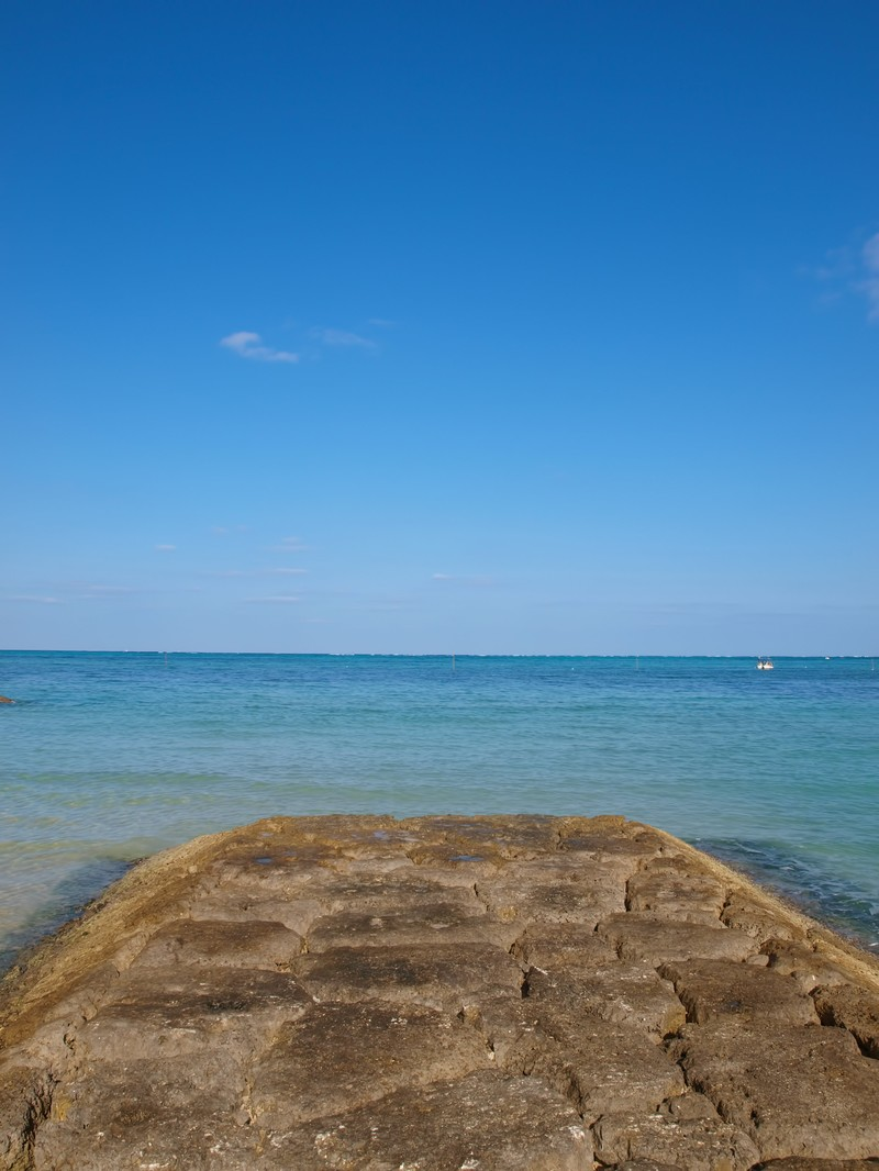 「沖繩県恩納村の海」の写真