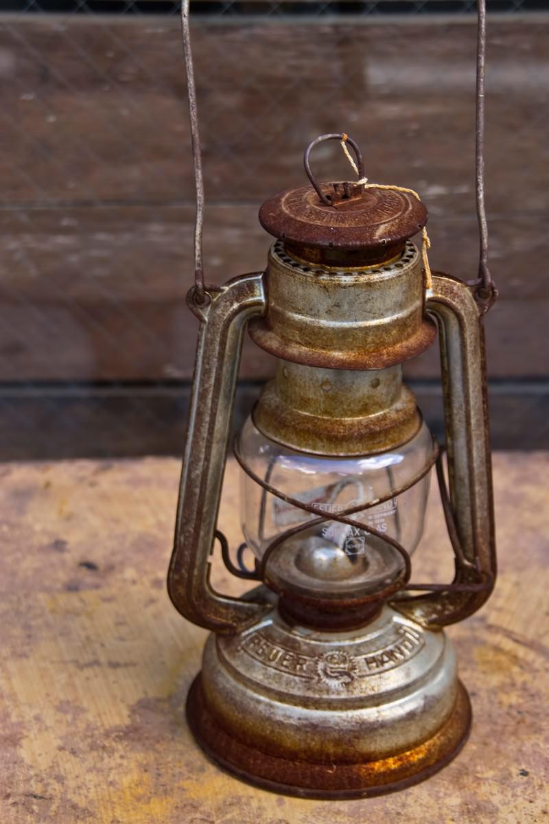 「錆びたランタン」の写真