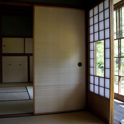 障子のある和室の写真