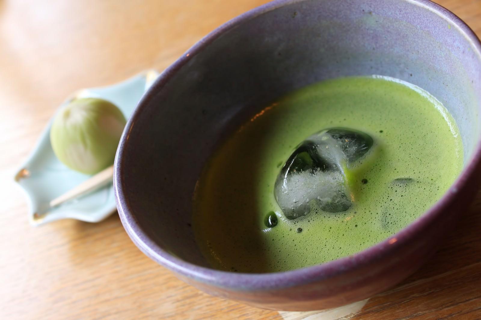 「抹茶と和菓子抹茶と和菓子」のフリー写真素材を拡大
