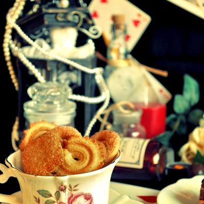 「アリスのお茶会」の写真素材