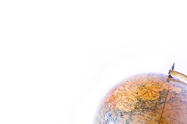 古い地球儀の写真
