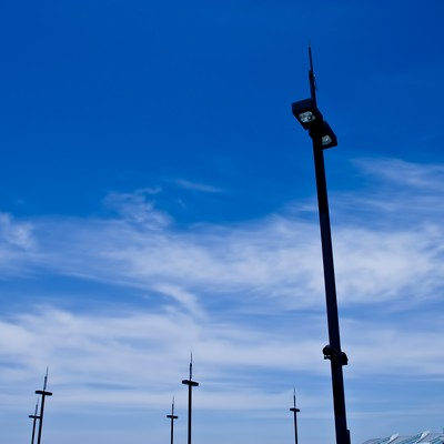 街灯と青空の写真