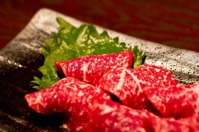 牛刺し(ミスジ)の写真