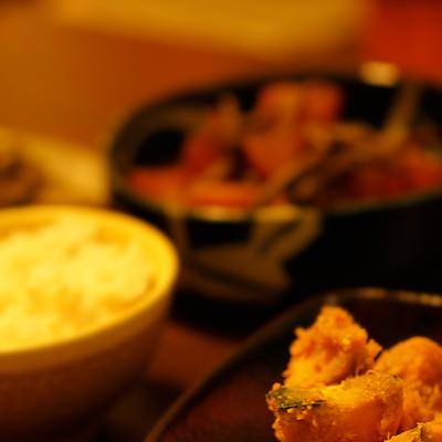 「かぼちゃの煮物とご飯」の写真素材