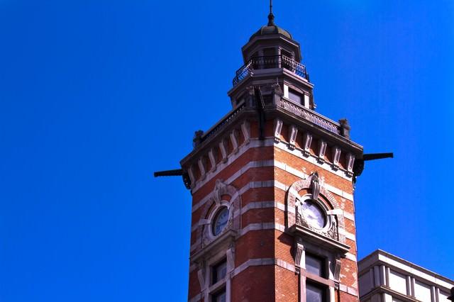 横浜開港記念館の時計塔の写真