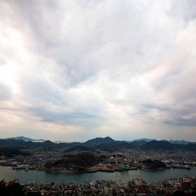 「尾道の街並みと空」の写真素材
