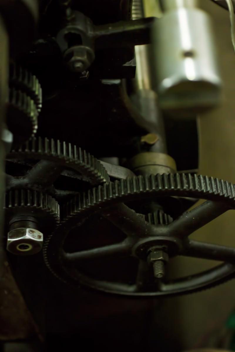 「汎用旋盤のギア」の写真