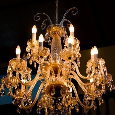 「洋館のシャンデリア」の写真素材