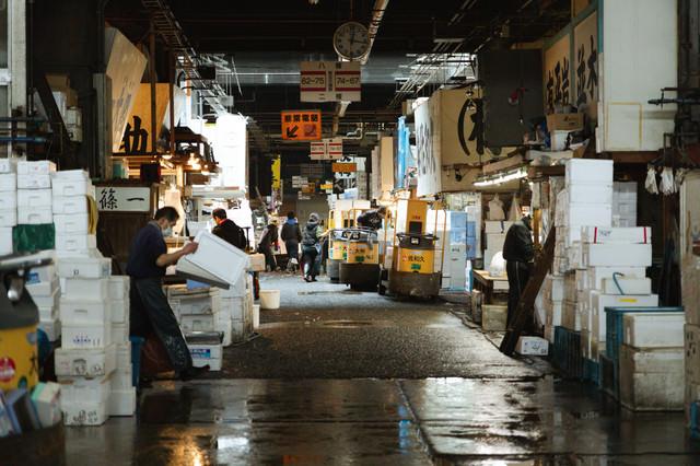 今は懐かしい築地市場の様子の写真