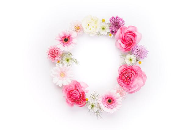 丸いお花の輪の写真