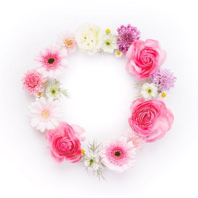 「丸いお花の輪」の写真素材
