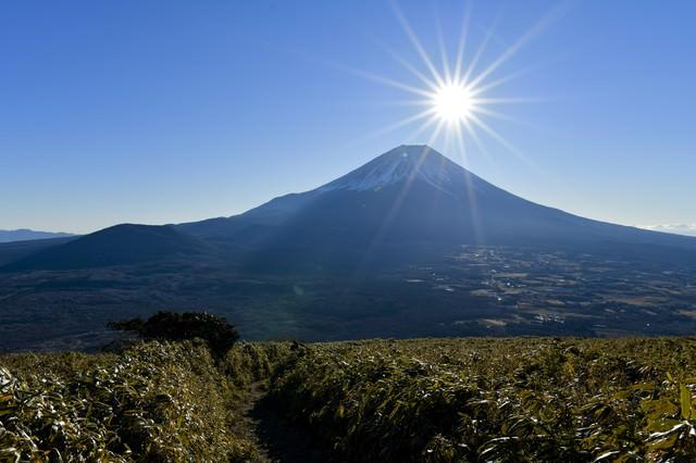 富士山と光芒の写真