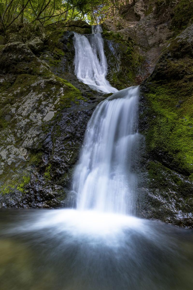 「海沢渓谷三段の滝(奥多摩)」の写真