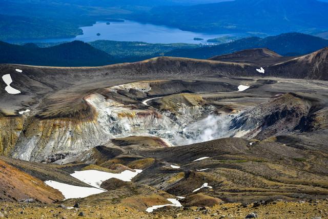 阿寒湖周辺を一望する景色の写真