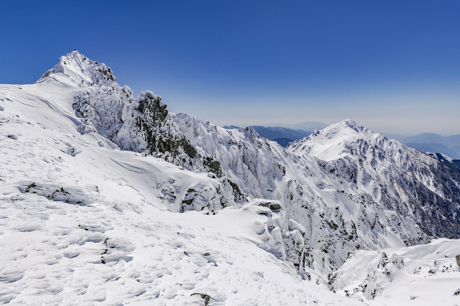 「冬の宝剣岳(木曽山脈)」の写真