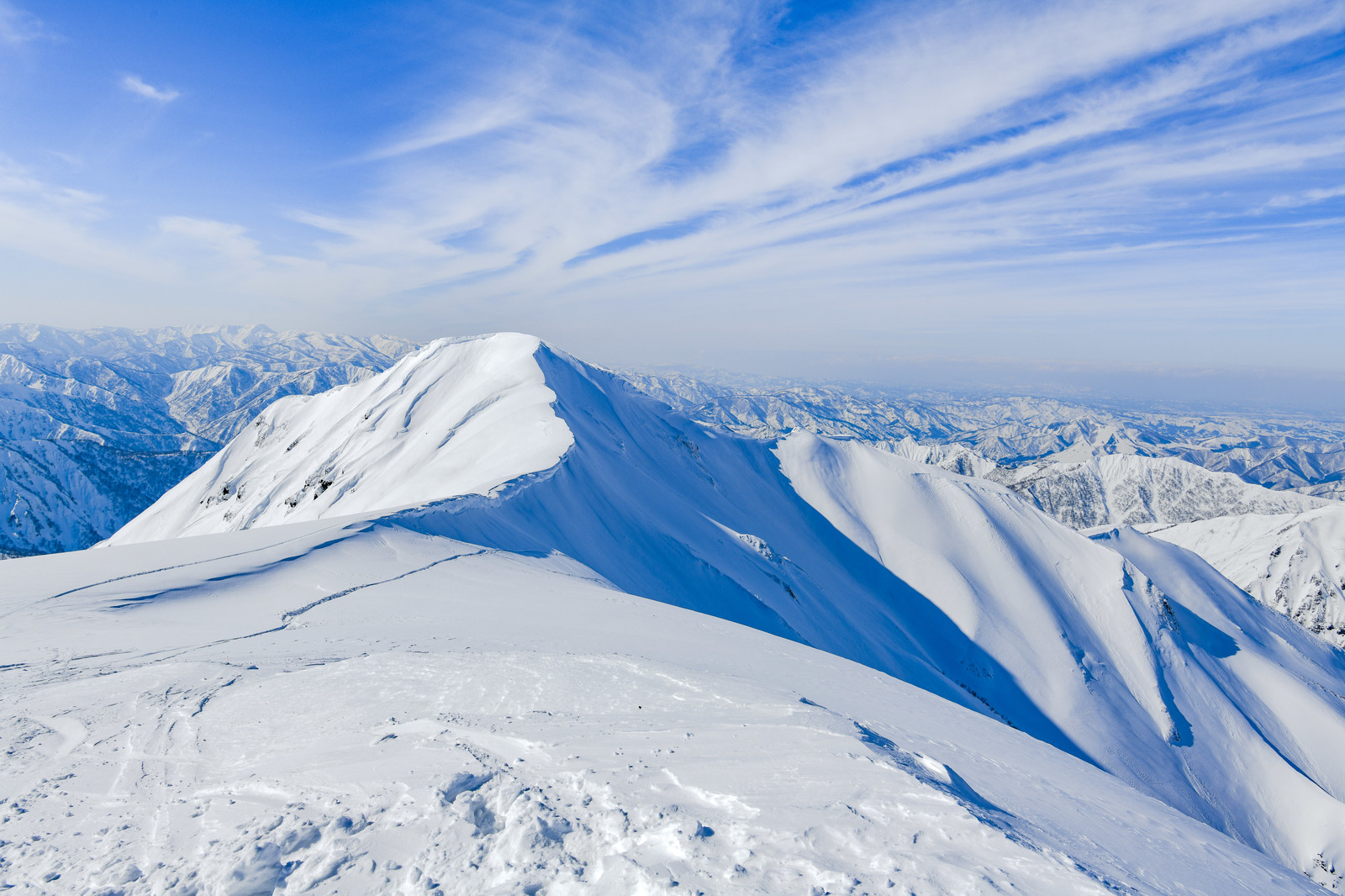 「茂倉岳方面の雪景色」の写真