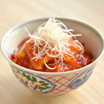 「酢豚丼」の写真素材